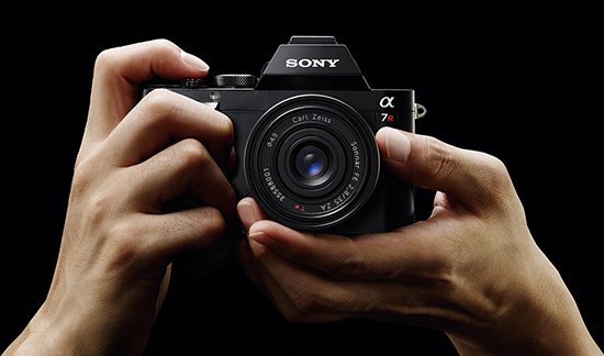 Sony-A7r-full-frame-mirrorless-camera