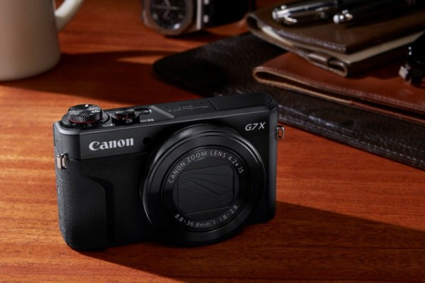 PowerShot G7X Mark II_lifestyle